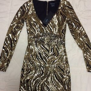 BNWT Marciano gold sequin fitted dress - Size XS